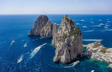 Tour-in-barca-Capri-scaled