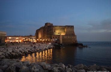 castel-dell-ovo-di-notte_Naples